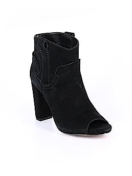 Vince Camuto Sandals Size 7