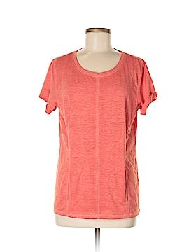 Silver Wear Short Sleeve T-Shirt Size M