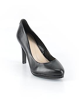 Tahari Heels Size 6 1/2