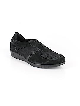 Munro American Sneakers Size 10