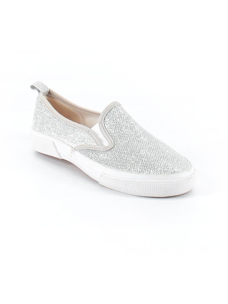 2f1e91a7a2e56 Joe Fresh Metallic Silver Sneakers Size 3 - 50% off