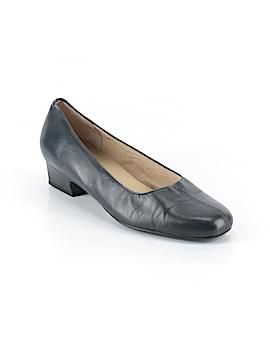 Trotters Heels Size 6