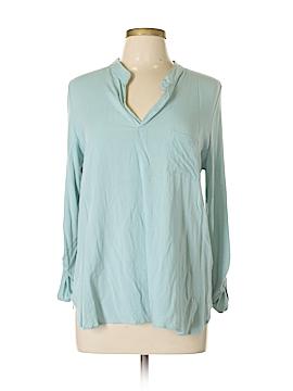 Pleione Long Sleeve Button-Down Shirt Size M