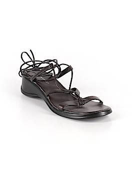 Colin Stuart Sandals Size 10