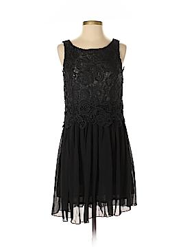 Yumi Cocktail Dress Size 0 - 2