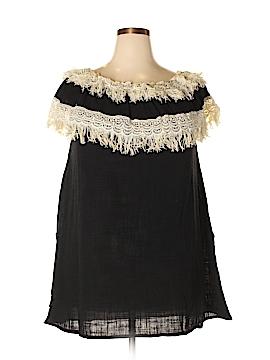 Velzera Short Sleeve Blouse Size 2X (Plus)