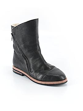 Elie Tahari Boots Size 37 (EU)