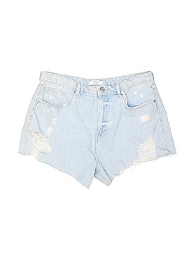 Forever 21 Denim Shorts Size 31 (Plus)