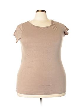 Dots Short Sleeve T-Shirt Size 2X (Plus)