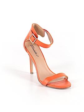 Breckelle's Heels Size 8