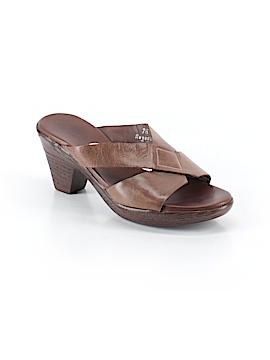 Munro American Heels Size 7 1/2