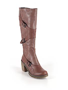 Italina Boots Size 7