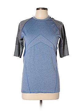 Oiselle Active T-Shirt Size L