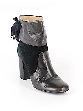 Levity Boots Size 9 1/2