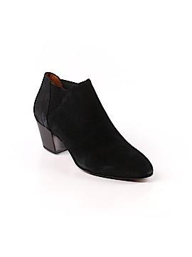 AQUATALIA Boots Size 9 1/2