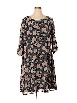 Ryan Wythe Casual Dress Size 4X (Plus)