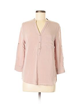 Violet & Claire Long Sleeve Button-Down Shirt Size M