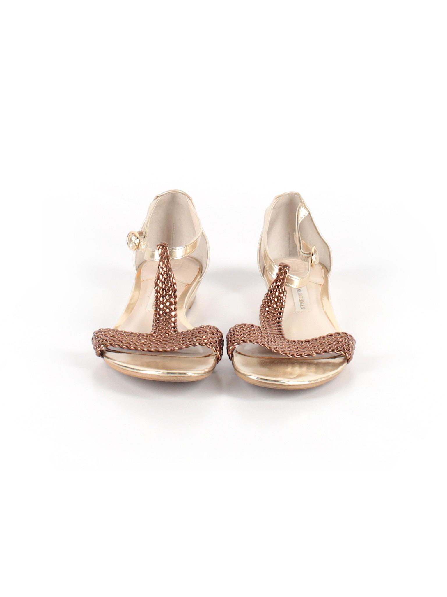 9638d8d35 Dana Buchman Solid Gold Sandals Size 7 1 2 - 70% off