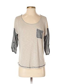 Pleione 3/4 Sleeve T-Shirt Size S