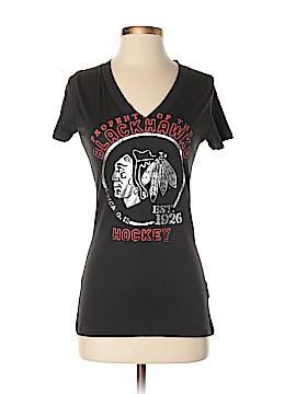 NHL Short Sleeve T-Shirt Size S