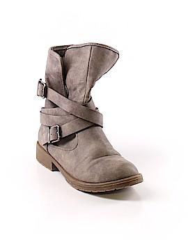 Mudd Boots Size 4