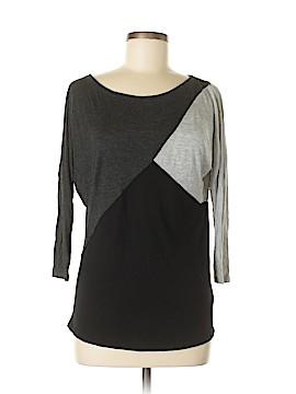 One Clothing 3/4 Sleeve T-Shirt Size M