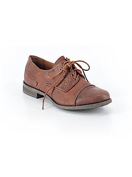 Crown Vintage Flats Size 7 1/2