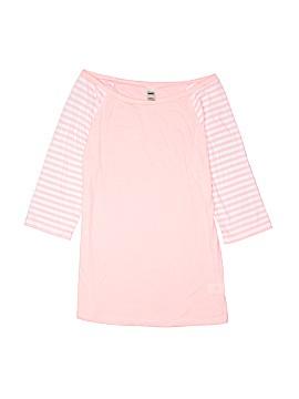 Kavio! 3/4 Sleeve T-Shirt Size L