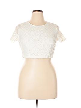 Lulu's Short Sleeve Top Size XL