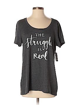 Torrid Short Sleeve T-Shirt Size 00 (Plus)