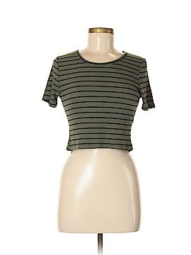 BP. Short Sleeve T-Shirt Size L