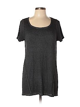 Torrid Short Sleeve T-Shirt Size 0X Plus (0) (Plus)