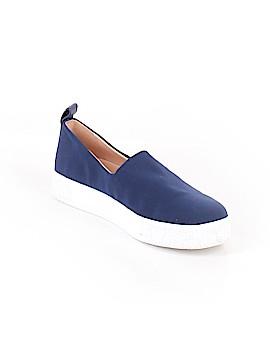 Taryn Rose Sneakers Size 9 1/2