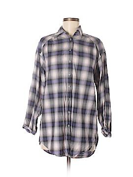 Vince. Long Sleeve Button-Down Shirt Size XS
