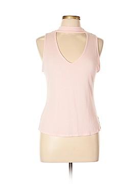 Kendall & Kylie Sleeveless T-Shirt Size L