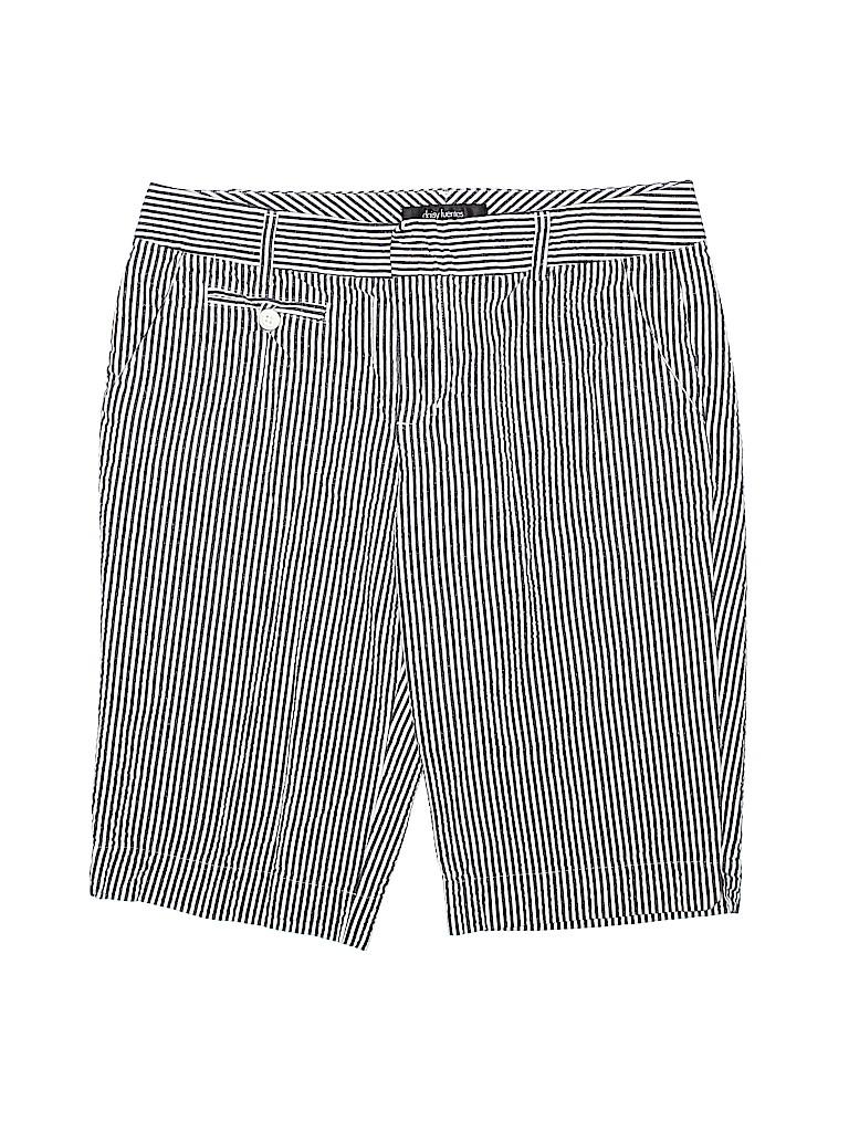 Daisy Fuentes Women Khaki Shorts Size 6