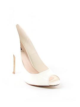 Signature Heels Size 8