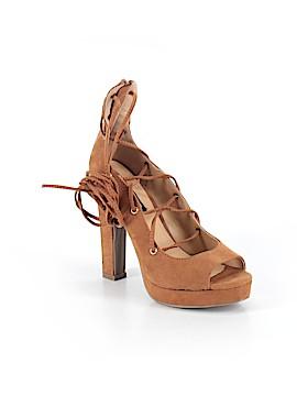 Izabella Rue Heels Size 6 1/2