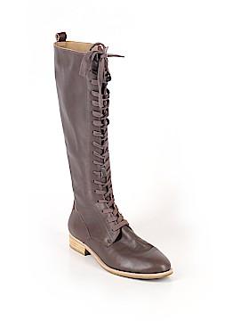 Gee WaWa Boots Size 8 1/2