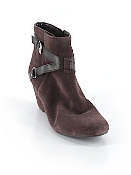 Isaac Mizrahi Ankle Boots Size 9