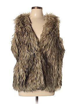 L-RL Lauren Active Ralph Lauren Faux Fur Vest Size L