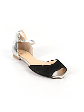 C. Wonder Flip Flops Size 8
