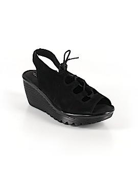 Skechers Wedges Size 7 1/2