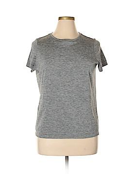 Uniqlo Active T-Shirt Size XL