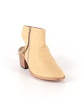 Michael Antonio Ankle Boots Size 6