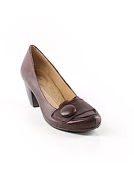 Strictly Comfort Heels Size 8 1/2