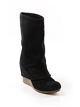 MRKT Boots Size 6