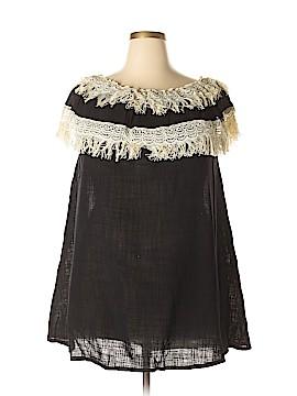 Velzera Short Sleeve Blouse Size 2XL (Plus)