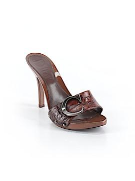 Christian Dior Mule/Clog Size 38 (EU)