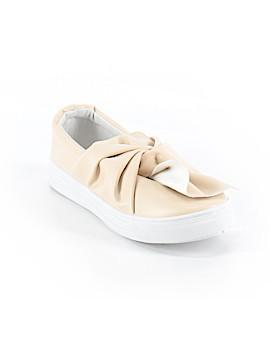 Bella Marie Sneakers Size 7